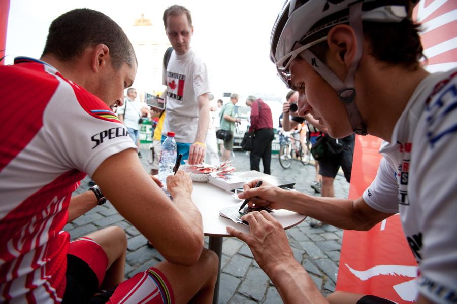 autogramiáda Christopha Sausera a Jardy Kulhavého