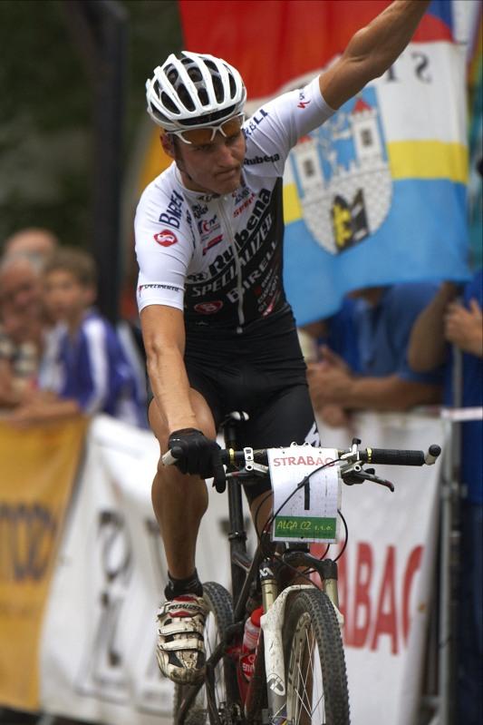 Jaroslav Kulhavý vítězí