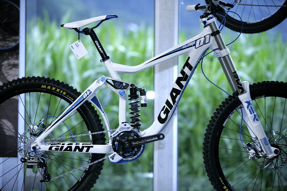 Giant Maestro 2011