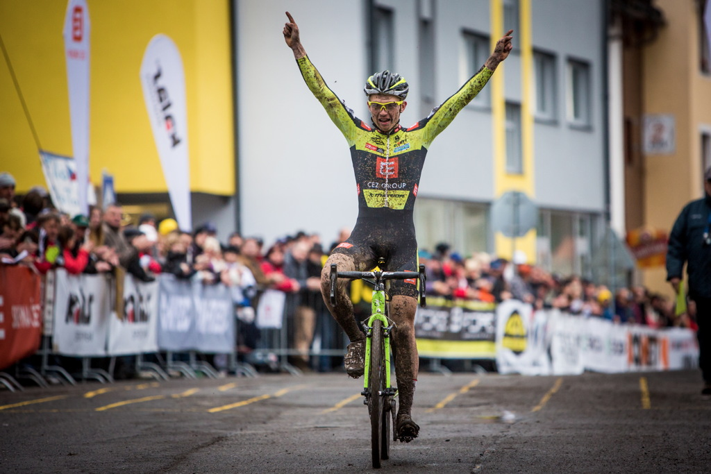Michael Boroš vítězí