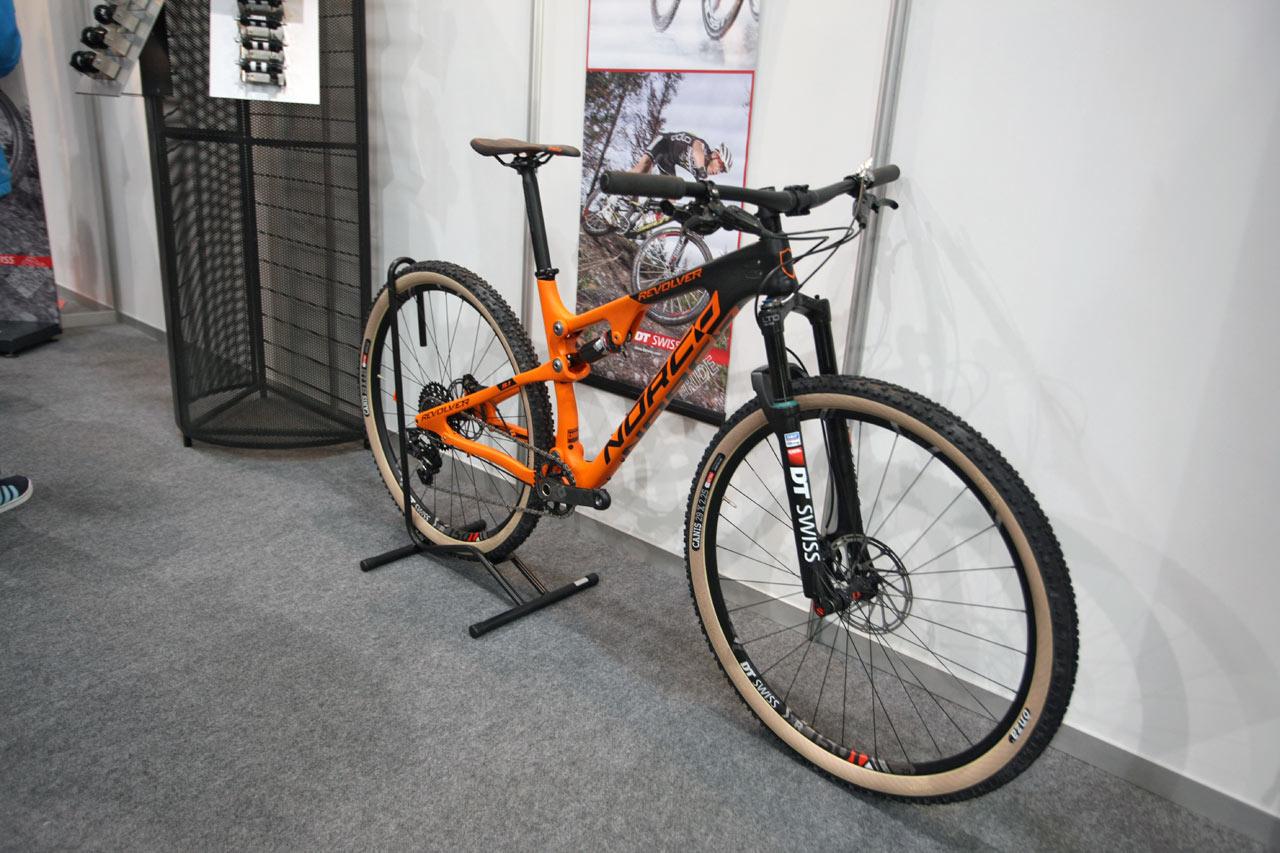 For Bikes 2016 DT Swiss premiéra nových kol