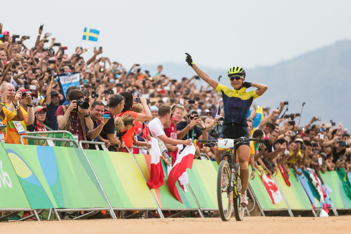 Jenny Rissveds vítězí v olympijském závodě