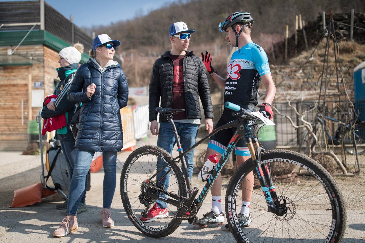 Ondra Cink s přítelkyní a Lampikem
