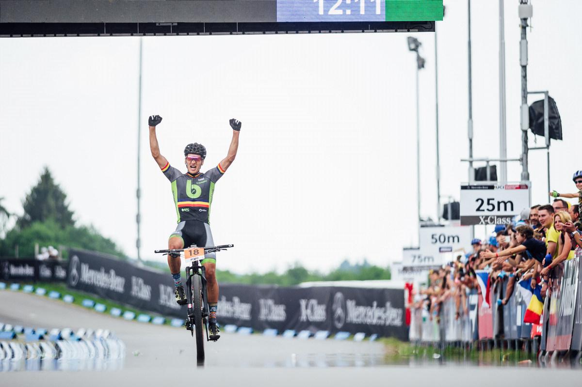 První vítěztví rumunského bikera na SP