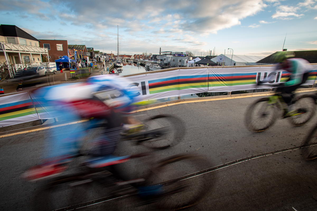 MS cyklokros - Bogense 2019 - ženy U23, muži Elite