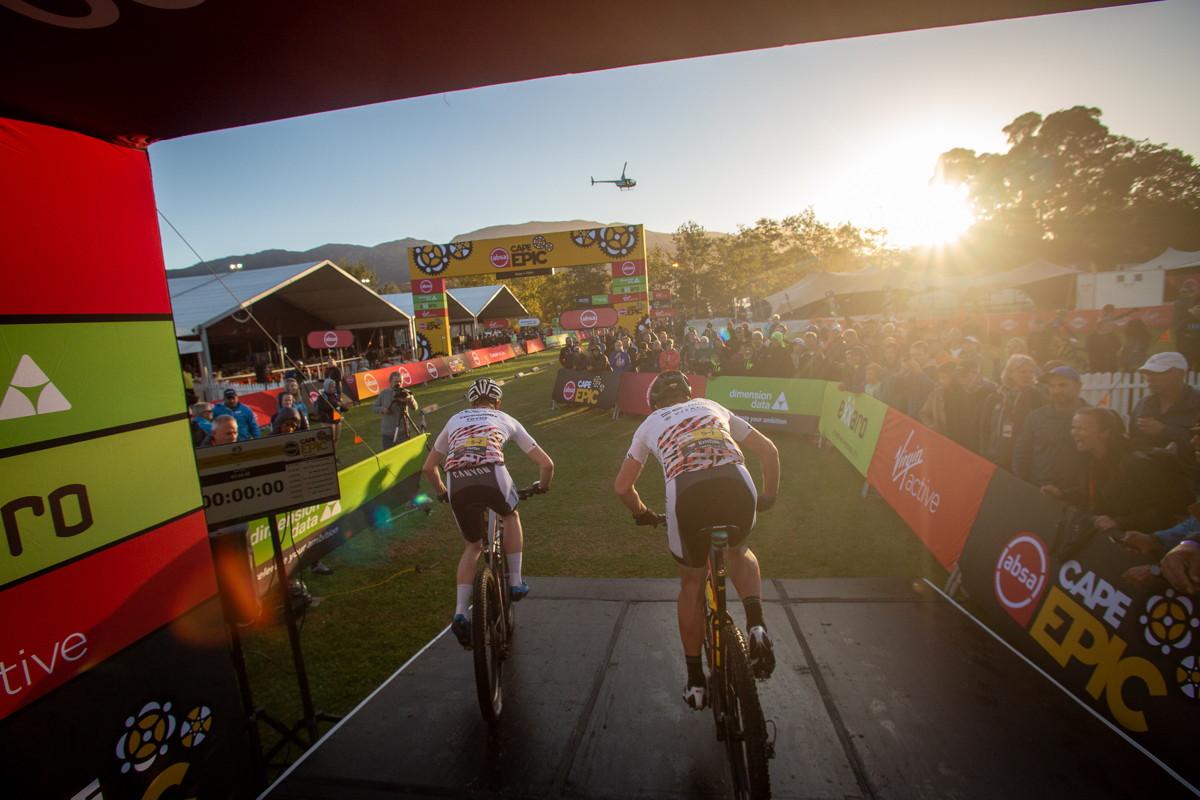 Cape Epic 2019 - Kristián a Petter startují do časovky