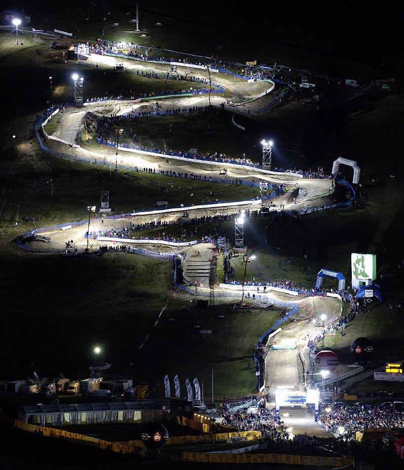 Medailonek Michala Picka - The Best of 4 MTBS - trať 4X na MS 2005 v Livignu