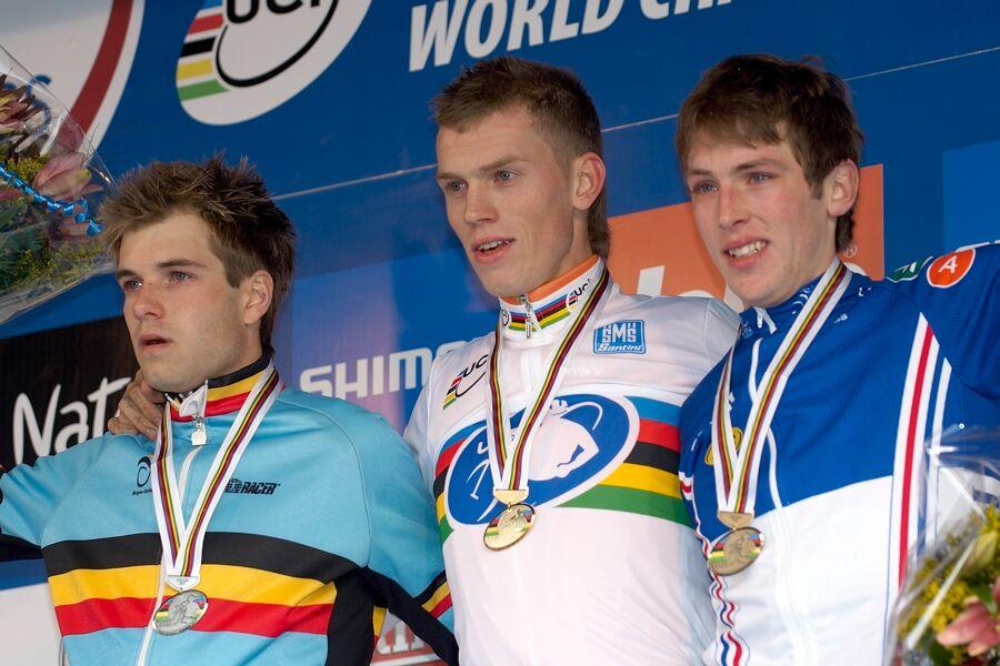 1. Lars Boom /NED/, 2. Albert Niels /BEL/, 3. Romain Villa /FRA/ - Mistrovství světa v cyklokrosu 2007, Hooglede, BEL - kat. pod 23 let