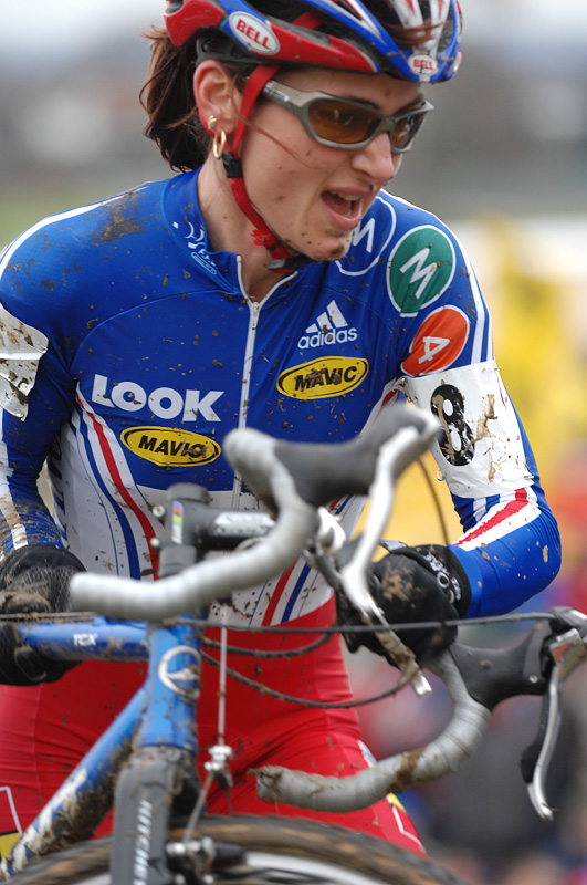 Mistryn� sv�ta Maryline Salvetat - MS cyklokros 2007, Hooglede-Gits (BEL) - Photo: Frank Bodenm�ller, www.mtbsector.com