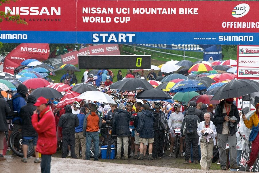 Nissan UCI MTB World Cup XC #2 26.-27.5. 2007 - před startem mužů