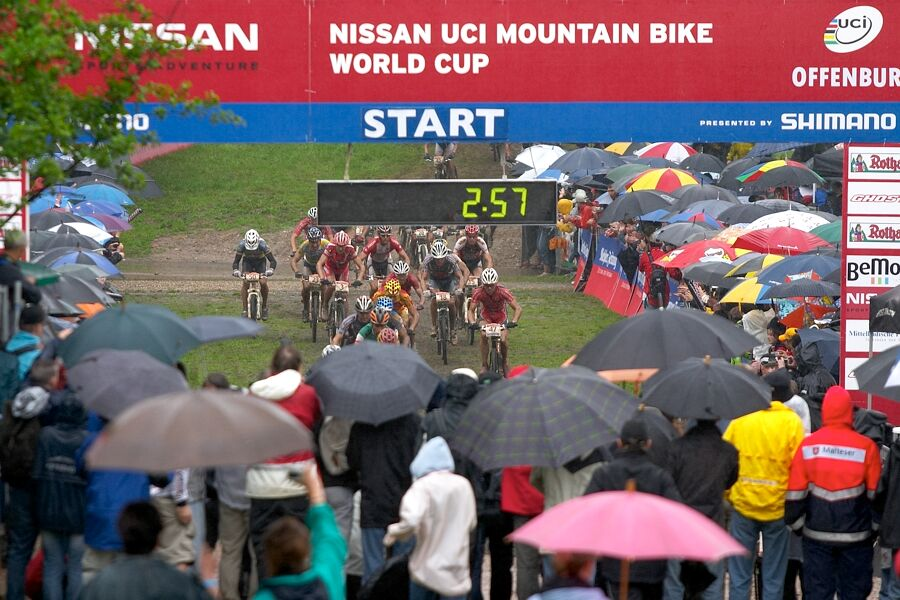 Nissan UCI MTB World Cup XC #2 26.-27.5. 2007 - n�jezd do prvn�ho okruhu