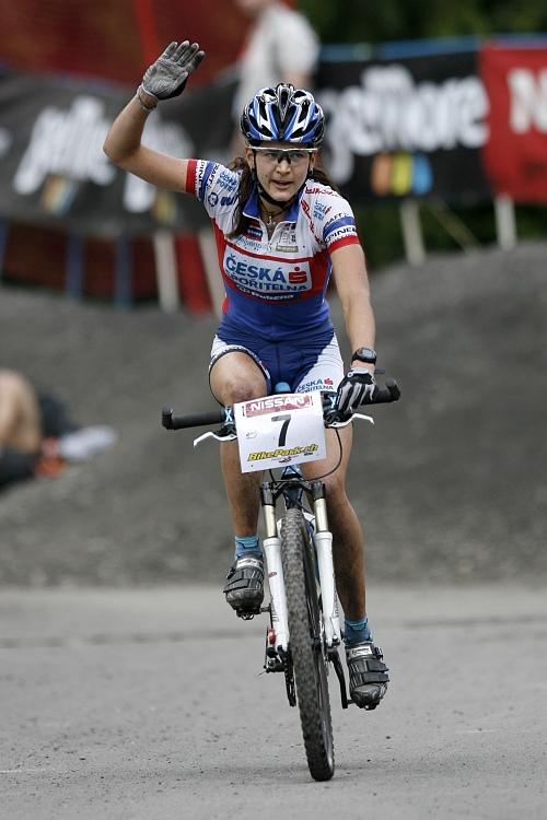 SP XC Champéry 2007 - Tereza Huříková projíždí cílem