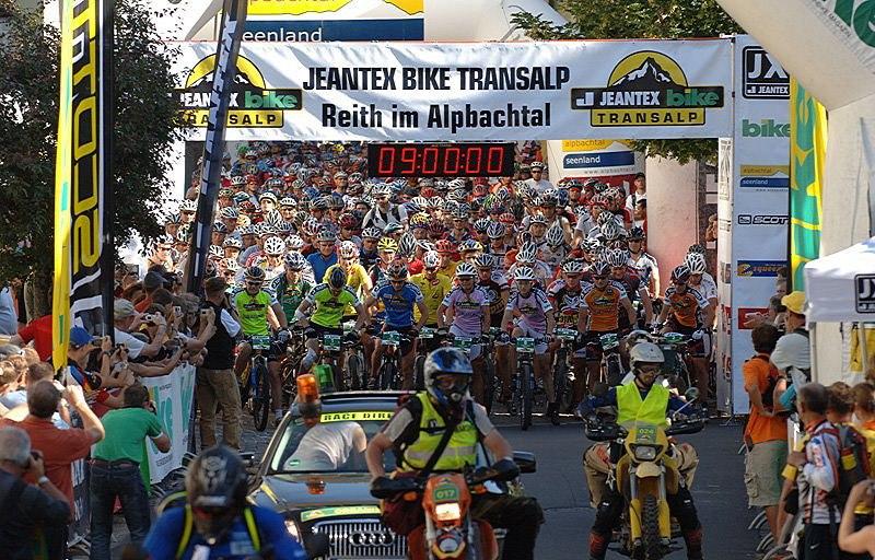 Jeantex Bike Transalp Challenge 2007, foto: Miroslav Hloušek, Jakub Veškrna, eventshot.eu