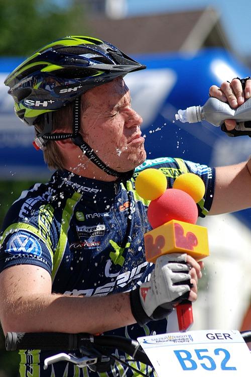Salzkammergut Trophy 07 - komentátor rakouské televize