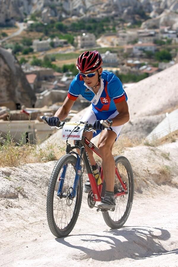 ME XC Cappadocia - Turecko 2007 - Milan Bárenyi při závodě štafet