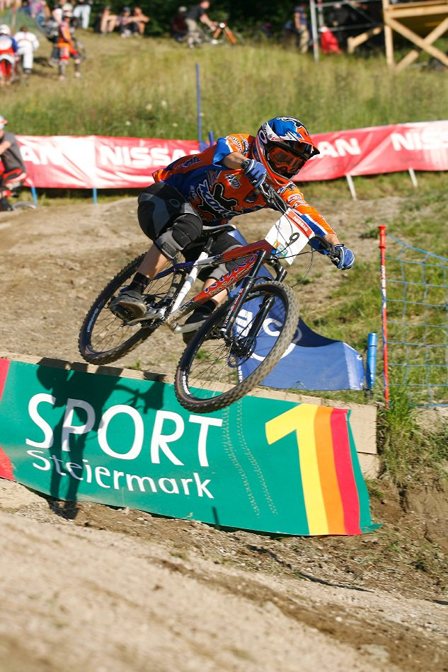 Nissan UCI 4X Cup #4 Schladming 2007 - Kamil