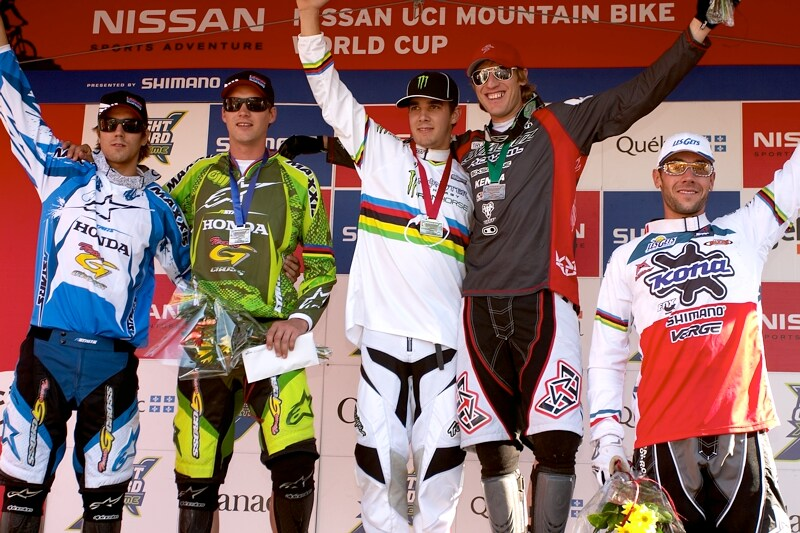 Nissan UCI MTB World Cup DH+4X #3, Mont St. Anne 24.6.'07 - DH muži 1. Hill, 2. Minaar, 3. Peat