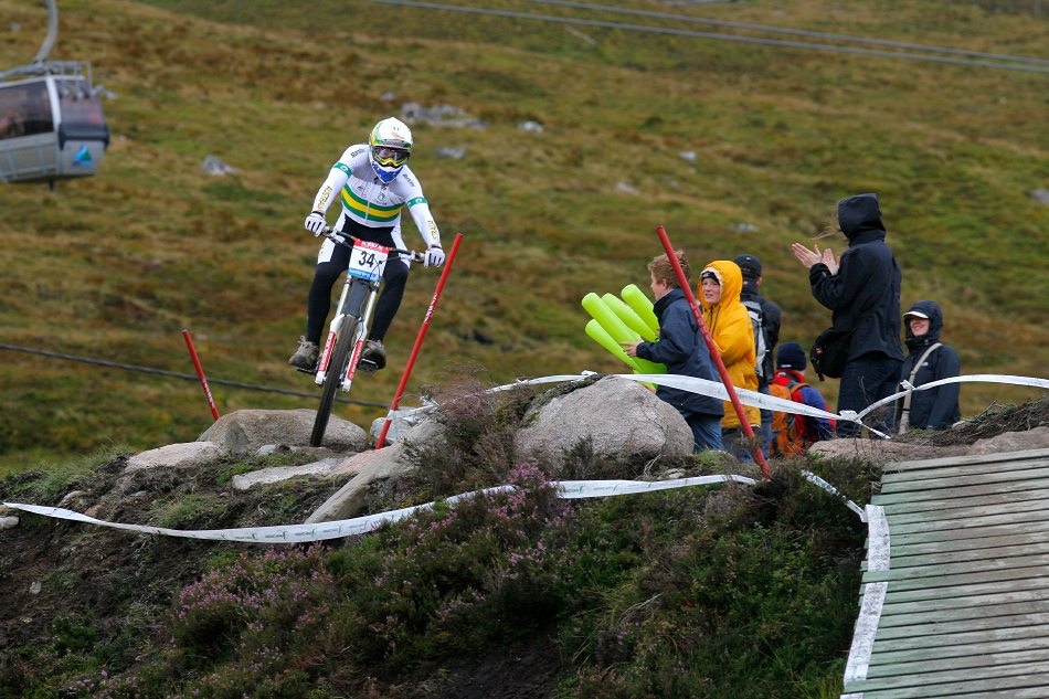 MS 2007 Downhill / Fort William Skotsko - Mitchell Delfs - junioři