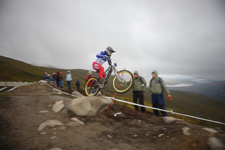MS 2007 Downhill / Fort William Skotsko - Emmeline Ragot