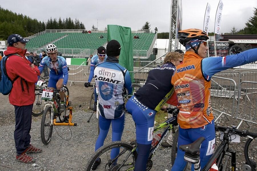 MS MTB 2007 - štafety, českou štafetu přijel podpořit i zbytek týmu