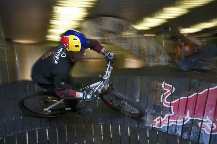Red Bull Metro ride 2007 - foto : V�tek Ludv�k
