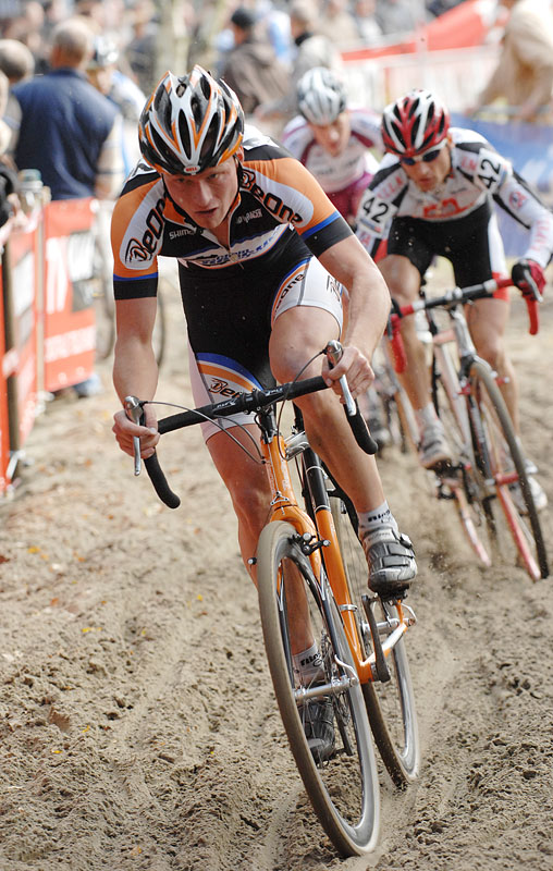 UCI Cyclo Cross World Cup #1 Kalmhout, 20.10.2007 foto: Frank Bodenmüller - Lars Boom