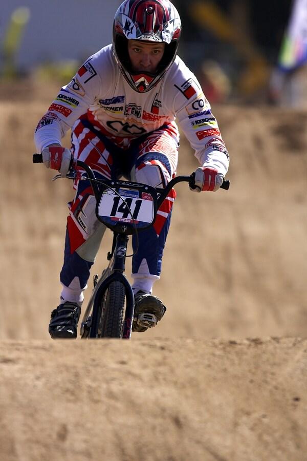 UCI BMX SuperX   13.-14.10. 2007 - Frejus, Francie - Viktor Karlík