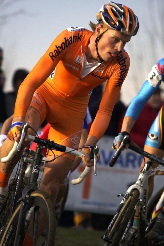 MS cyklokros 2008, Treviso - It�lie 27.1. - Larse Booma tipovala v�t�ina novin��� jako v�t�ze. Nem�lili se.