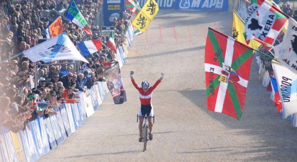 MS CX 2008 Treviso - Hanka Kupfernagel s přehledem vítězí...