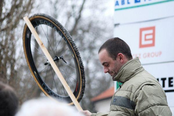 MČR Cyklokros 2008 - Ondřej Lukeš pověsil kolo na hřebík...