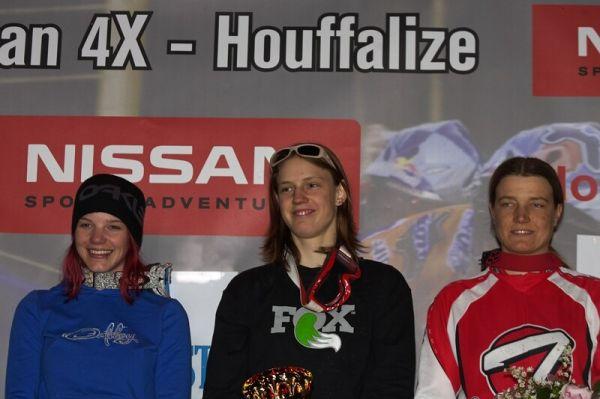 Nissan 4X Event - Houffalize 19.4.2008 - ženský závod vyhrála Rakušanka Anita Molcik