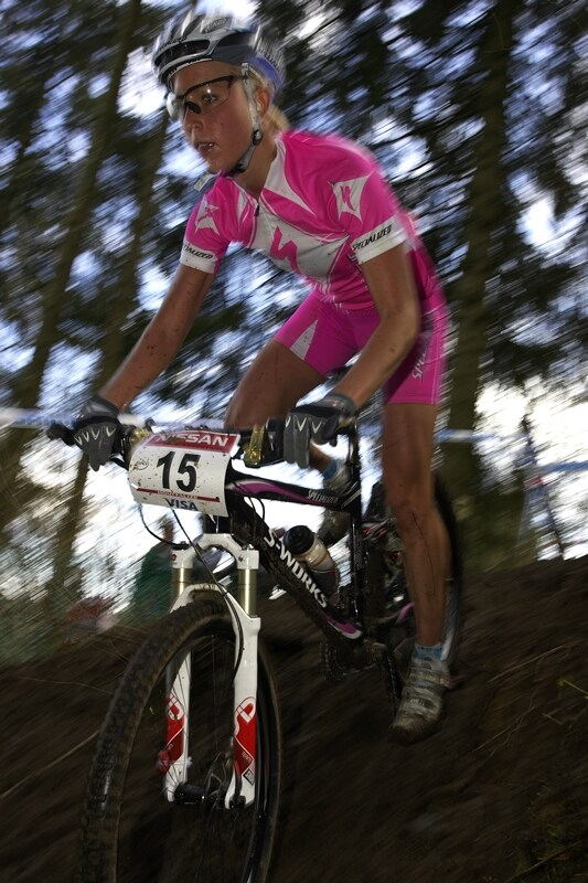 Nissan UCI MTB World Cup XC #1 - Houffalize 20.4.2008 - pink outfit Lene Byberg, sh�ne nicht wahr?