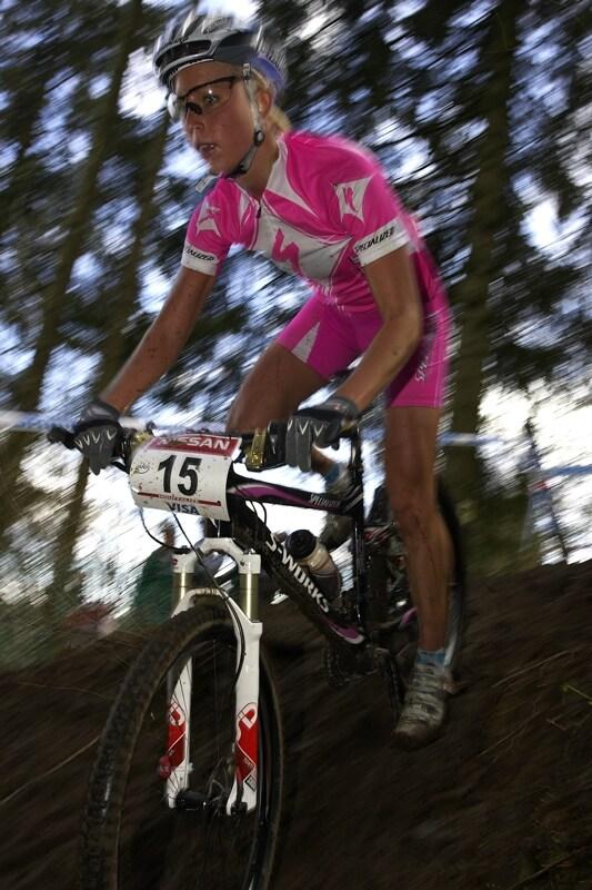 Nissan UCI MTB World Cup XC #1 - Houffalize 20.4.2008 - pink outfit Lene Byberg, shöne nicht wahr?