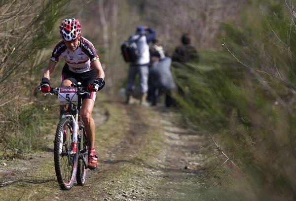 Nissan UCI MTB World Cup XC #1 - Houffalize 20.4.2008 - Marga Fullana v úniku