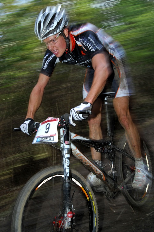SP XC #1 2008 Houffalize - skvěle finišující Jakob Fuglsang