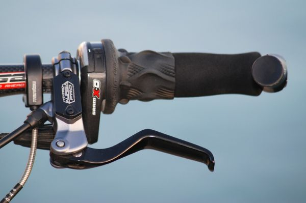 Merida Ninety-Six - t�mov� kola maj� hydraulick� kotou�ovky Tektro Auriga PRO