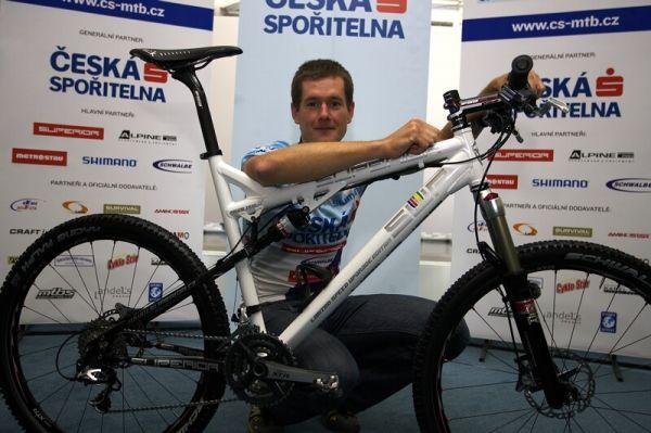 Česká spořitelna MTB 2008 - Tomáš Trunschka s novým fullem od Superioru