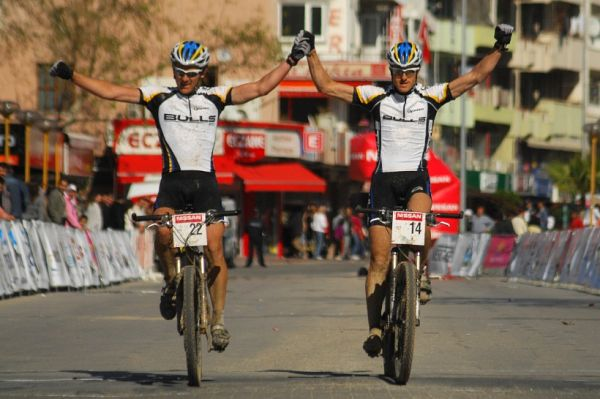 SP XCM #1 Manavgat 2008 - Team Bulls na třetím místě