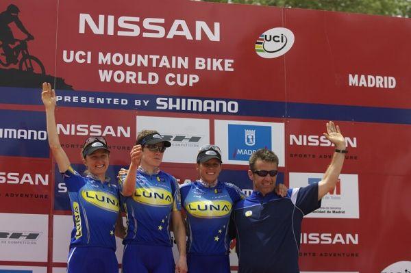 Nissan UCI MTB World Cup XC #3 - Madrid 4.5.'08 - Luna Women's MTB Team - nejlepší ženský tým