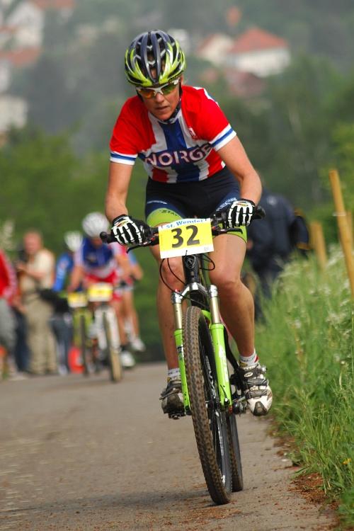 ME XC 2008 St. Wendel - ženy Elite: Gunn Rita Dahle útočí