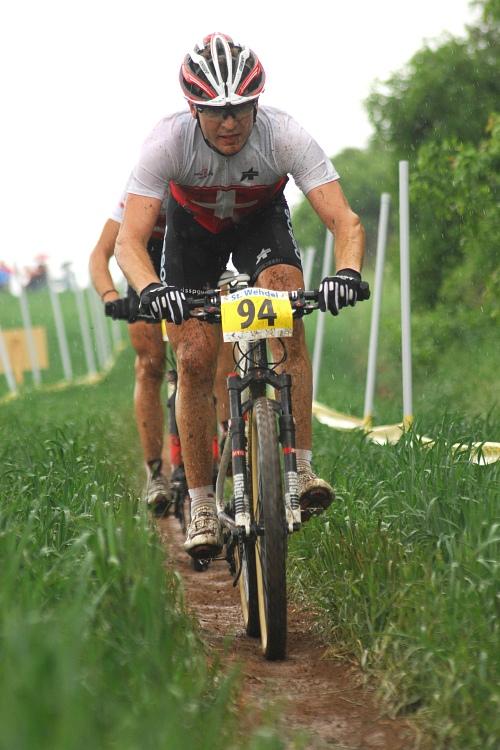 ME XC 2008 St. Wendel - muži Elite: předposlední kolo: Fogel a Sauser odjetí