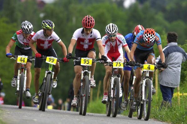 Mistrovství Evropy - 17.5.2008, St. Wendel/GER - ve skupině vzadu v pravo zapracovaný Ondřej Cink