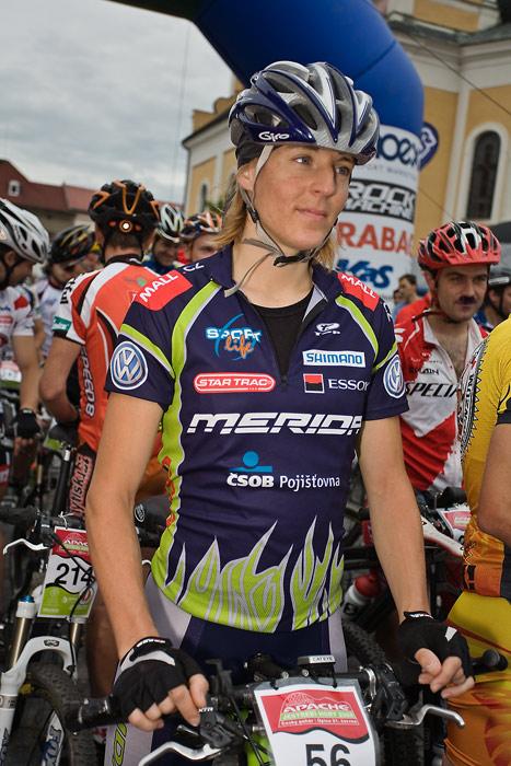 Znojmo Znovín maraton Cup 2008 - Apache Jestřebí Hory 21.6. -Pavla Nováková, Foto: Miloš Lubas