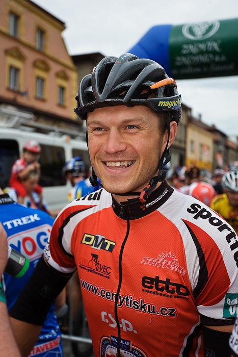 Znojmo Znovín maraton Cup 2008 - Apache Jestřebí Hory 21.6. - Ivan Rybařík, Foto: Miloš Lubas