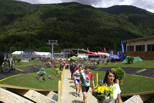 UCI MTB World Championship 2008 - Val di Sole/ITA - 18.6. - cesta k duhov�mu trikotu