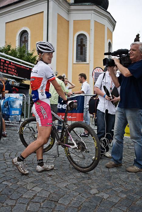 Znojmo Znovín maraton Cup 2008 - Apache Jestřebí Hory 21.6. - Barbora Radová, Foto: Miloš Lubas