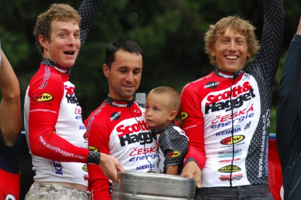 XI. BELL Šumavský maraton '08: ... i u Scott&Hagget