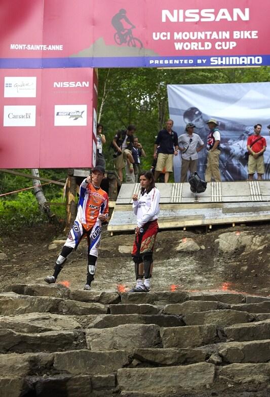 Nissan UCI MTB World Cup 4X#4 - Mont St. Anne, 26.7. 2008 - krátká a technická startovní rovinka byla hodně diskutovaná - zde Wichman s Beerten