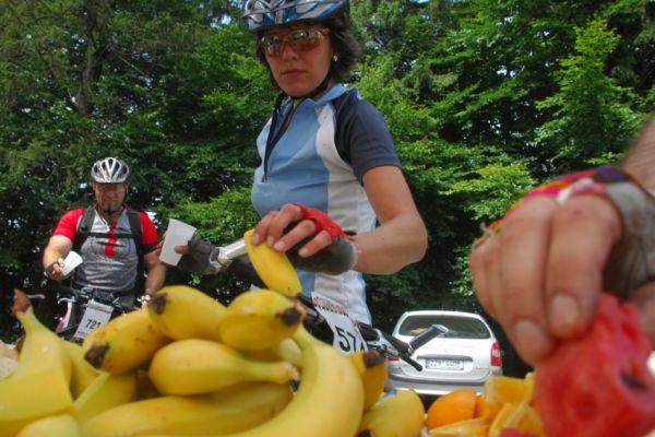 MČR Maraton 2008 - Kelly's Beskyd Tour: občerstvovačka na Martiňáku