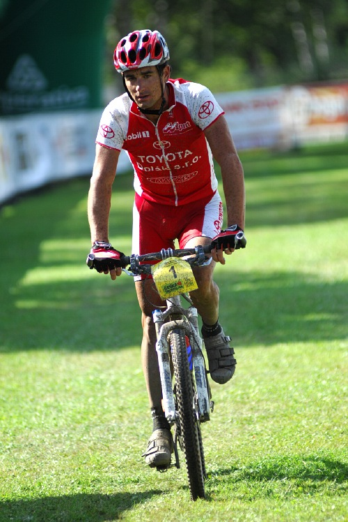 KP� Karlovarsk� AM bikemaraton �S 2008: druh� Ond�ej Fojt�k